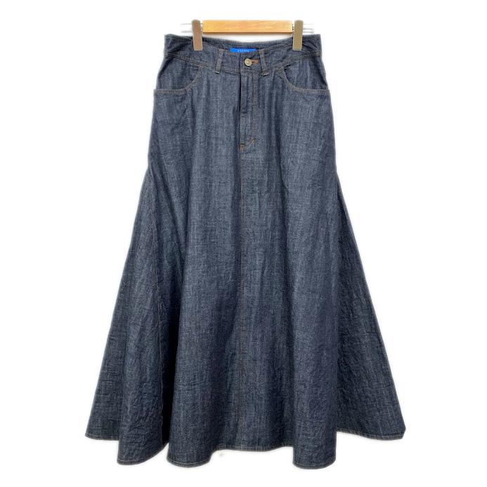 菜々緒さん、ドラマ「4分間のマリーゴールド」でcocoraのデニムスカートを着用